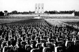 soldados-alemanes-discurso-adolf-hitler-cincodays-com