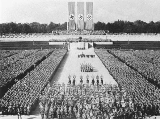 Desfile nazi